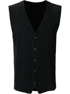 sleeveless designer jacket  Homme Plissé Issey Miyake