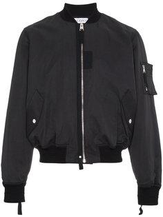 куртка-бомбер с контрастной заплаткой  JW Anderson