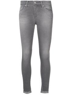 облегающие джинсы с асимметрично обрезанным низом Ag Jeans