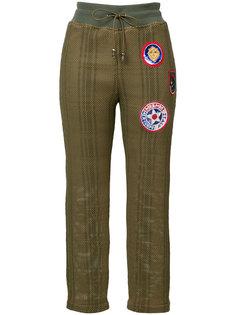 укороченные брюки с нашивками Mr & Mrs Italy