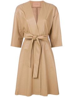 пальто с V-образным вырезом и поясом Drome