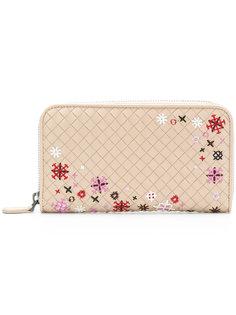 кошелек с плетеным дизайном и вышитыми цветами Bottega Veneta
