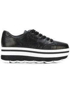 кроссовки на платформе с рельефной подошвой Prada