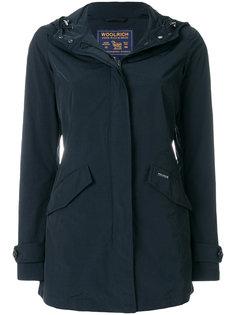 пальто слим с капюшоном  Woolrich
