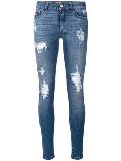 джинсы скинни с рваными деталями Blugirl