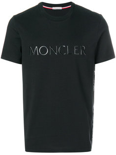 футболка с нашивкой логотипа Moncler