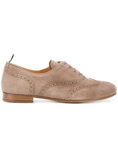туфли с вышивкой и шнуровкой Churchs