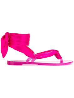 атласные сандалии с завязками  Casadei