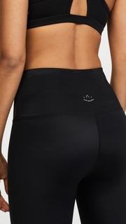 Beyond Yoga Compression Lux High Waisted Capri Leggings