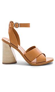 Обувь на каблуке athena - Dolce Vita