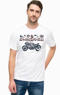 Белая футболка с контрастным принтом Barbour