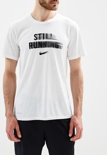 Футболка спортивная Nike