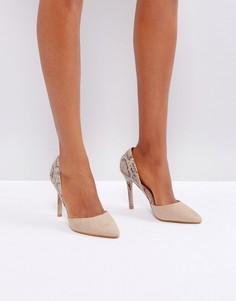 Туфли на высоком каблуке с острым носком и змеиным принтом Little Mistress - Бежевый
