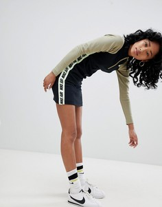 Облегающее платье с отделкой неоновой лентой Nike - Мульти