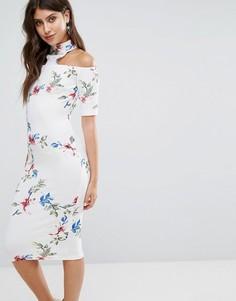 Платье миди кремового цвета с Т-образным ремешком и цветочным принтом Ax Paris - Кремовый