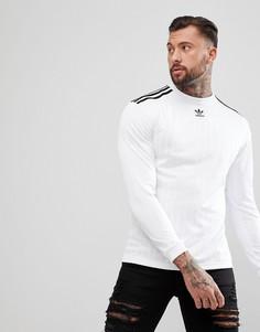 Белый лонгслив adidas Originals adicolor CW1225 - Белый