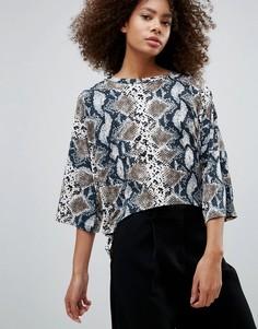 Блузка со змеиным принтом QED London - Серый