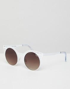 Солнцезащитные очки кошачий глаз с вырезами Quay Australia - Белый