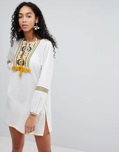 Пляжное платье с вышивкой Liquorish - Белый