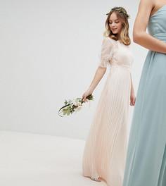 Плиссированное платье макси с оборкой TFNC Petite WEDDING - Розовый