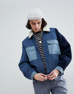 Джинсовая куртка с вельветовыми вставками и подкладкой из искусственного меха ASOS - Синий