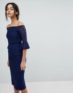 Кружевное платье миди с открытыми плечами и рукавами клеш Little Mistress - Темно-синий