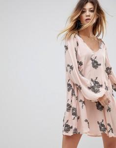 Свободное платье с длинными рукавами и принтом Free People Emma - Розовый