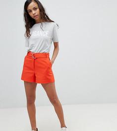 Льняные шорты с D-образным кольцом ASOS PETITE - Оранжевый