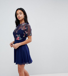 Короткое приталенное платье с вышивкой Little Mistress Petite - Темно-синий