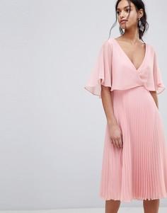 Платье миди с плиссированной юбкой и расклешенными рукавами ASOS - Розовый