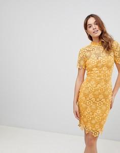Платье с кружевом кроше Paper Dolls - Желтый