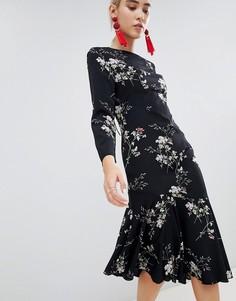 Платье миди с асимметричным краем и открытой спиной Boohoo - Мульти