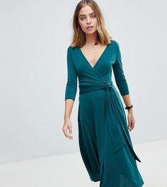 Креповое платье миди с запахом ASOS PETITE - Зеленый
