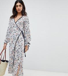 Платье миди с цветочным принтом, запахом, поясом и разрезами по бокам Glamorous Tall - Белый