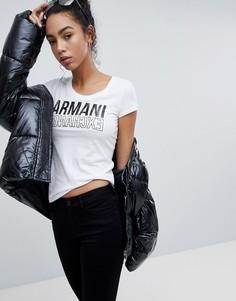 Футболка с овальным вырезом и зеркальным логотипом Armani Exchange - Белый