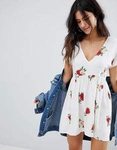 657991480d0 Купить женские коктейльные платья с v-образным вырезом в интернет ...