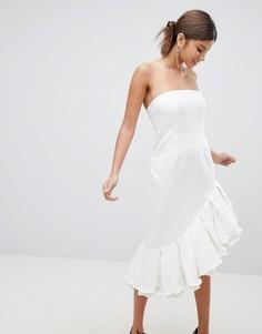 Платье-бандо миди с оборкой PrettyLittleThing - Белый