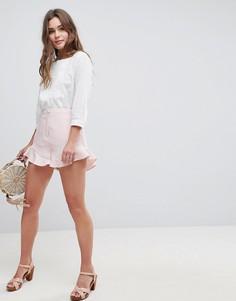 Мягкие шорты с оборками ASOS Tailored - Розовый