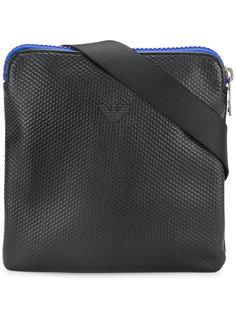 сумка-почтальонка с контрастной застежкой-молнией Armani Jeans