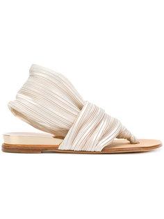 перламутровые сандалии Casadei