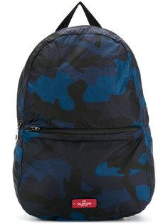 камуфляжный рюкзак Valentino