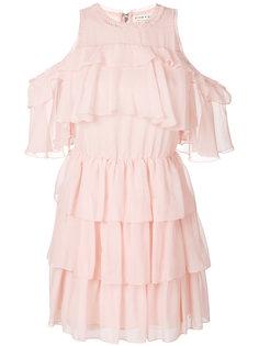 платье с открытыми плечами и оборками  Alice+Olivia