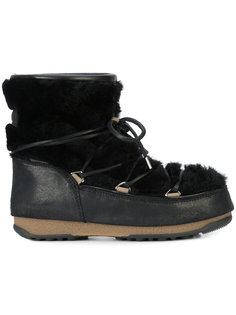 низкие сапоги с отделкой овчиной Moon Boot
