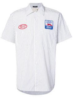 рубашка с короткими рукавами и нашивками R13