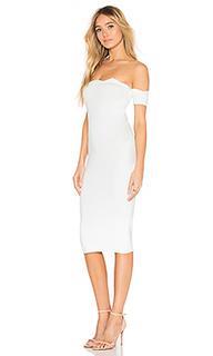 Платье с открытыми плечами xio - by the way.