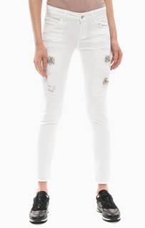 Белые джинсы с декоративной отделкой Liu Jo