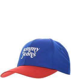 Синяя бейсболка с красным козырьком Tommy Jeans