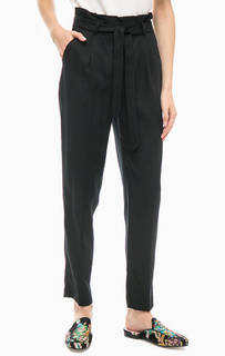 Зауженные брюки черного цвета More & More