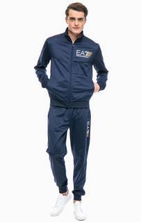Синий спортивный костюм с логотипом бренда EA7