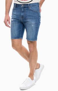 Рваные джинсовые шорты Lee